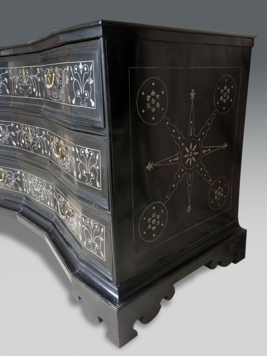 baroque commode stock christopher jones antiques london decorative antiques. Black Bedroom Furniture Sets. Home Design Ideas